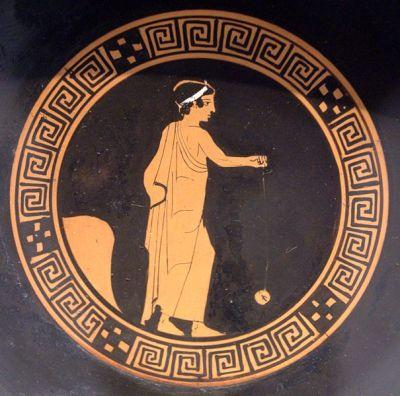 Boy playing terracotta yo-yo, Attic kylix, ca. 440 BC, Antikensammlung Berlin