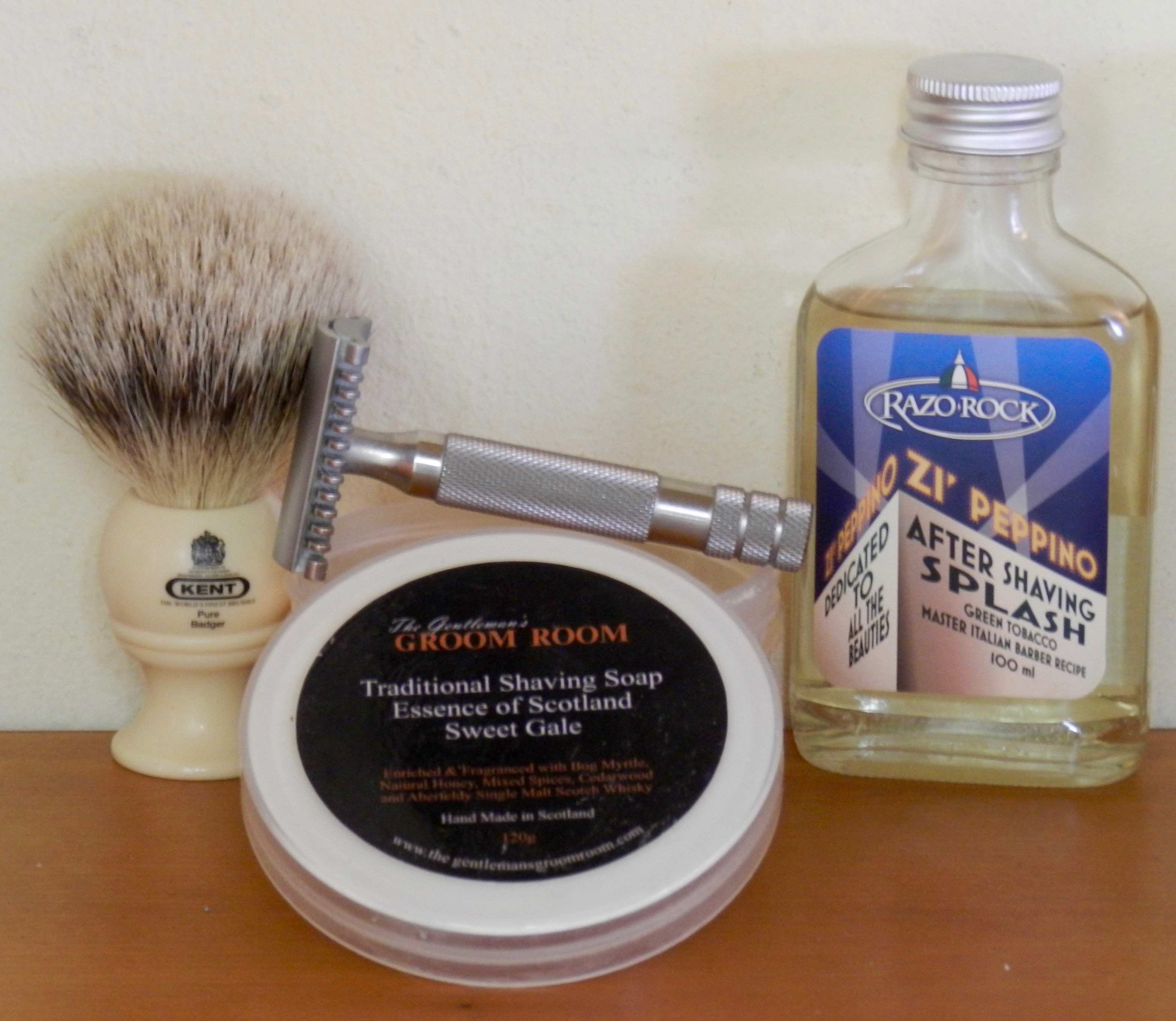 G B  Kent BK4, Sweet Gale, iKon 101, and RazoRock Zi
